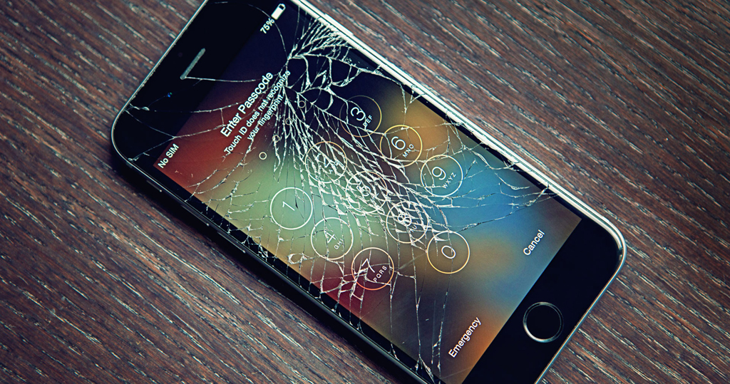 Tibi bácsi ajánlata: Törés helyett használjon ütődés álló mobiltokot telefonkészülékéhez